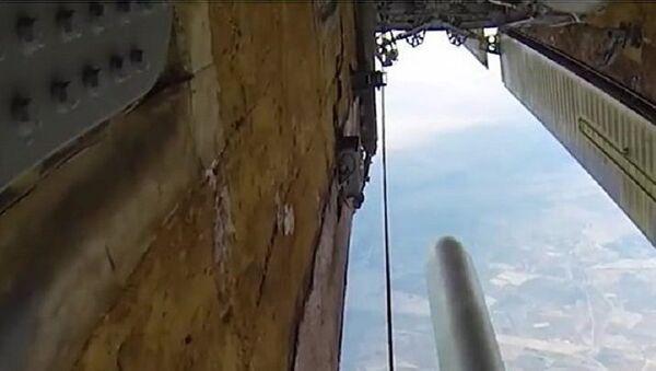 Tirs de missiles contre les terroristes en Syrie - Sputnik France