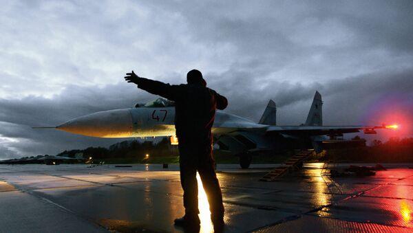 Su-27 sur le point de décoller - Sputnik France