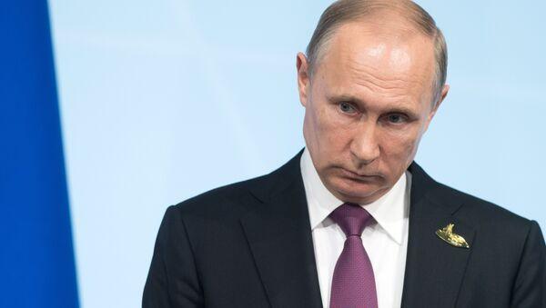 Poutine constate l'ingérence des médias étrangers dans les affaires intérieures russes - Sputnik France