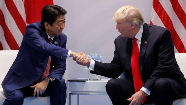 Trump et Abe prônent une réponse «rapide et décisive» aux actions de Pyongyang - Sputnik France