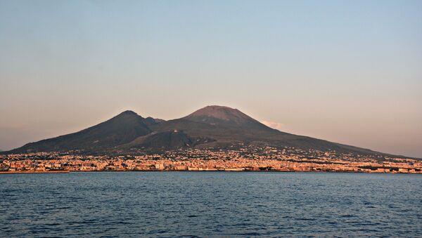 Il Vesuvio visto dal mare - Sputnik France