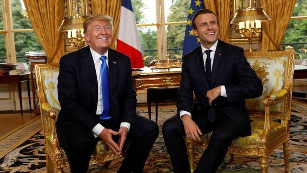 Les Présidents français et américain Emmanuel Macron et Donald Trump - Sputnik France