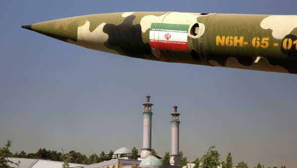 A missile is displayed at an exhibition on the 1980-88 Iran-Iraq war, at a park, northern Tehran, Iran, Thursday, Sept. 25, 2014 - Sputnik France