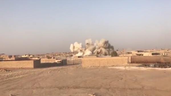 Destruction d'une usine de Daech à Mossoul - Sputnik France
