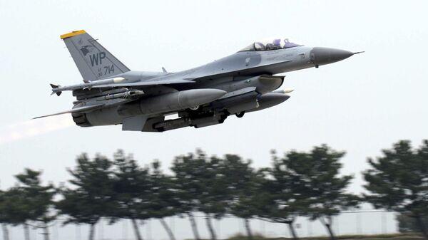 US Air Force's F-16 fighter jet - Sputnik France