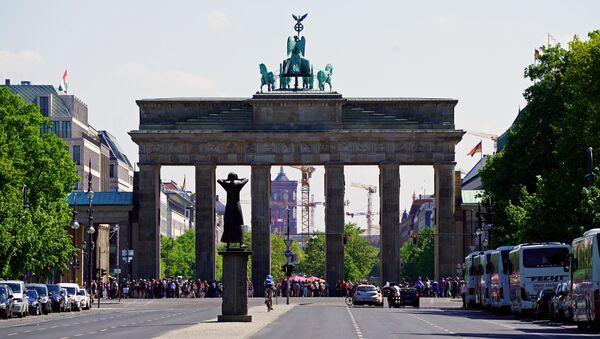 La porte de Brandebourg à Berlin - Sputnik France