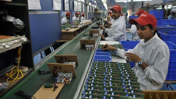Un accord pour favoriser la coopération entre les petites et moyennes entreprises - Sputnik France