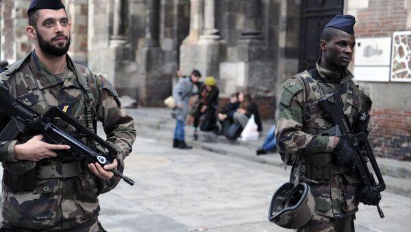 Des soldats de l'opération Sentinelle en France - Sputnik France