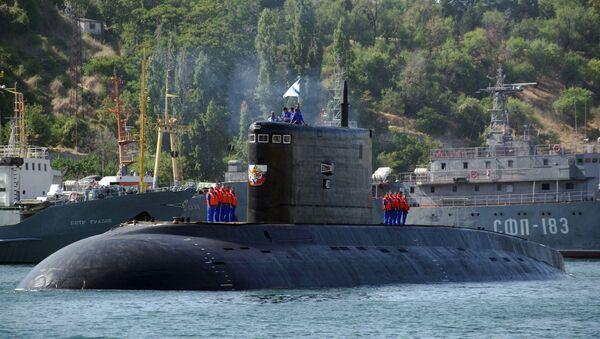 Un sous-marin à Sébastopol - Sputnik France
