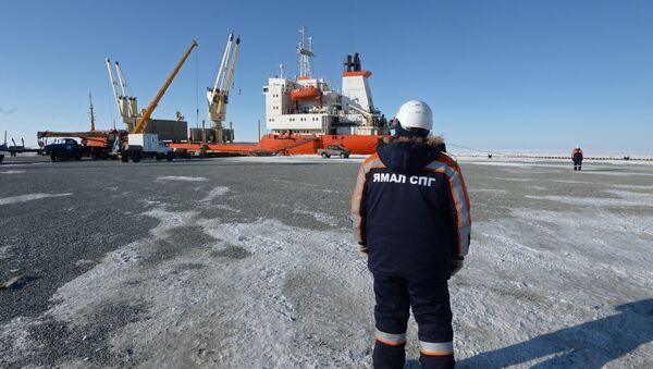 Le port maritime de Sabetta, dans le district autonome des Nenets du Yamal - Sputnik France