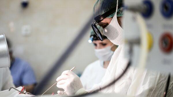 des chirurgiens - Sputnik France