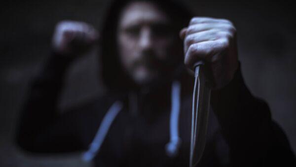 Мужчина с ножом - Sputnik France