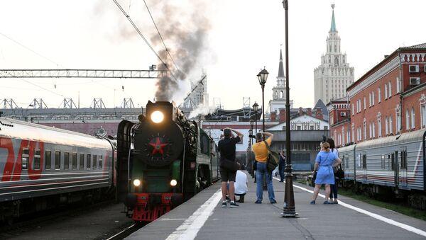 Le train touristique la Russie impériale - Sputnik France