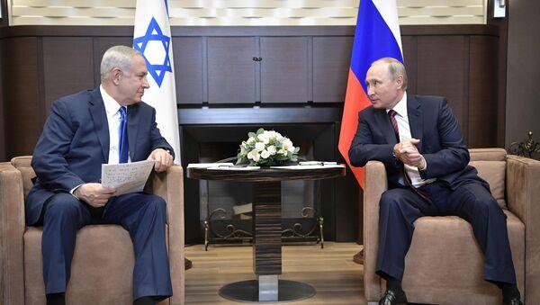 Benjamin Netanyahu et Vladimir Poutine - Sputnik France