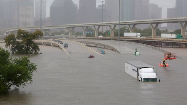 Interstate highway 45 is submerged from the effects of Hurricane Harvey - Sputnik France