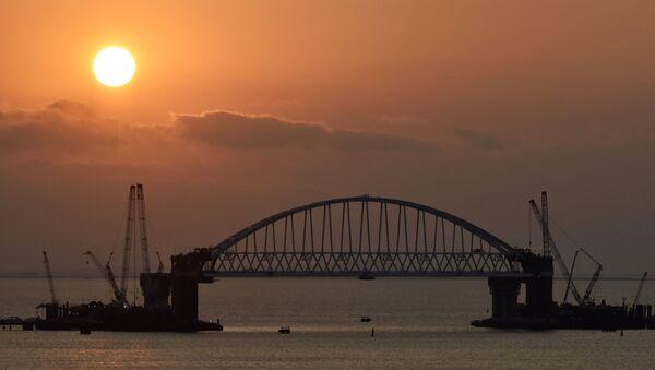 Construction du pont de Crimée - Sputnik France