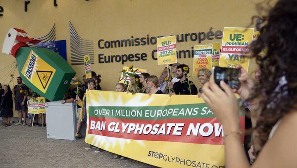 Protestation contre l'utilisation du glyphosate - Sputnik France