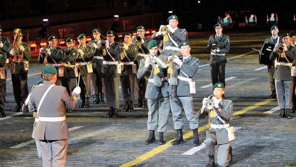 Des musiciens militaires autrichiens au festival Tour Spasskaïa - Sputnik France