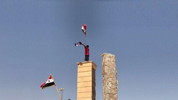 Сирийские войска прорвали кольцо окружения на главном южном въезде в Дейр-эз-Зор - Sputnik France
