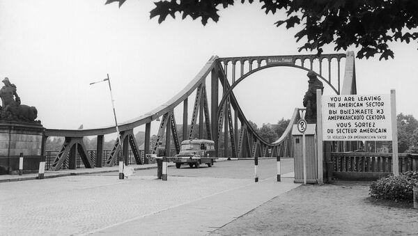 Le pont de Glienicke entre Berlin et Potsdam - Sputnik France