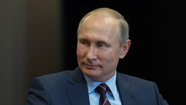 Poutine annonce son intention de faire revenir des scientifiques en Russie - Sputnik France