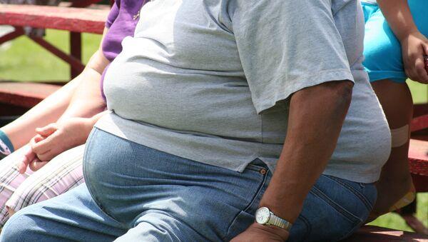 Un homme obèse - Sputnik France