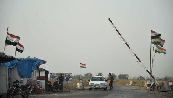 Un poste de contrôle à l'entrée d'un camp des forces du Kurdistan irakien (archive photo) - Sputnik France