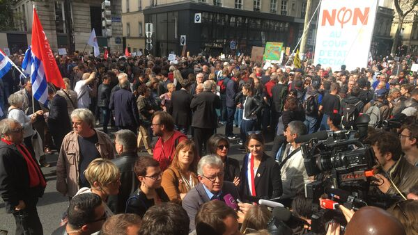 Manifestation contre le coup d'Etat social de Macron à Paris (23 septembre 2017) - Sputnik France