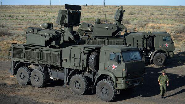 Самоходный зенитный ракетно-пушечный комплекс Панцирь-С1 - Sputnik France