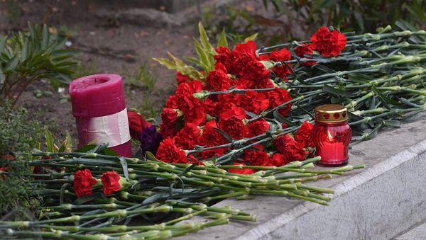 Fleurs à l'ambassade des États-Unis - Sputnik France