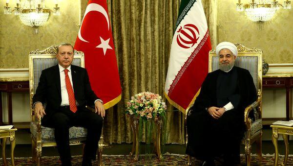 Les Présidents turc et iranien, Recep Tayyip Erdogan et Hassan Rohani - Sputnik France