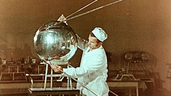 Le satellite  PS-1 (Prosteychiy Spoutnik 1) - Sputnik France