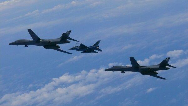 Des bombardiers US - Sputnik France
