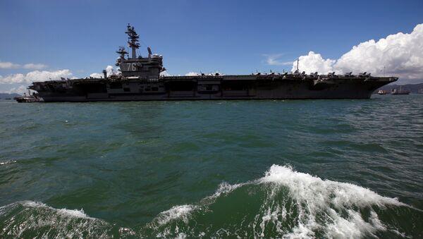 The aircraft carrier USS Ronald Reagan stations, during a port visit to Hong Kong, China October 2, 2017. - Sputnik France