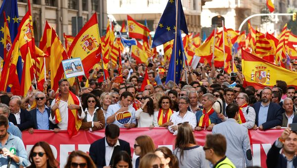 Des saluts fascistes au cours des manifestations anti-indépendance en Espagne (vidéo) - Sputnik France
