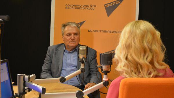 Le vétéran de la diplomatie serbe Srecko Djukic - Sputnik France