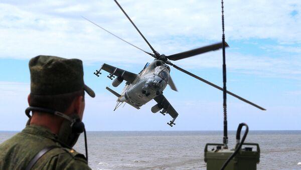 Военнослужащий морской пехоты береговых войск ВМФ на учениях Балтийское дерби-2015 в Калининградской области. - Sputnik France
