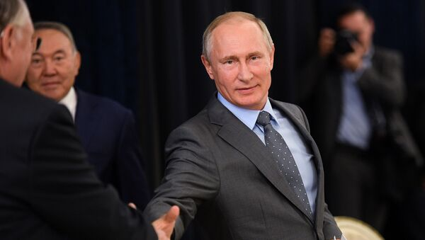 Cadeau sportif offert à Poutine: l'amitié russo-allemande retrouve des couleurs - Sputnik France