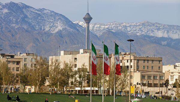 Вид на иранский город Тегеран - Sputnik France