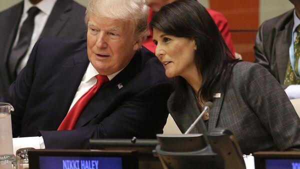 Donald Trump et Nikki Haley - Sputnik France