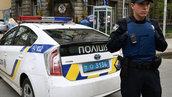 Un officier de police ukrainien - Sputnik France
