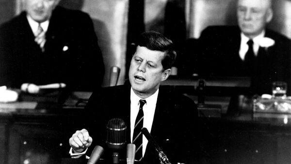 John F. Kennedy - Sputnik France