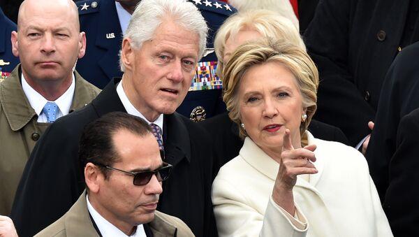 Hillary Clinton et Bill Clinton - Sputnik France