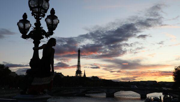 Pont Alexandre III - Sputnik France
