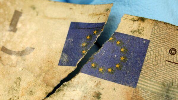 «L'euro est atteint d'un cancer en stade terminal» - Sputnik France