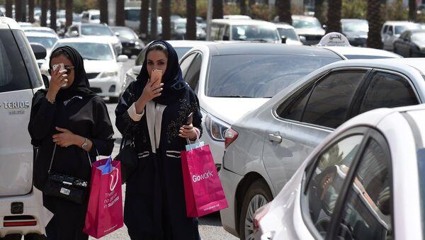 Les femmes arabes pas pressées de se marier - Sputnik France