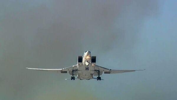 Un bombardier russe Tu-22M3 - Sputnik France