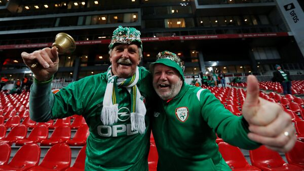 Soccer Football - 2018 World Cup qualifications - Europe - Denmark vs Republic of Ireland - Parken Stadium, Copenhagen, Denmark - November 11, 2017 Republic of Ireland fans before the match Action Images via Reuters/Andrew Couldridge - Sputnik France