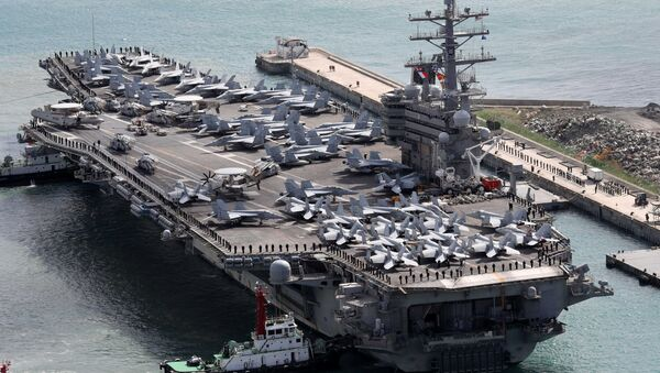 The USS Ronald Reagan aircraft carrier arrives in the South Korean port city of Busan on October 21, 2017 - Sputnik France