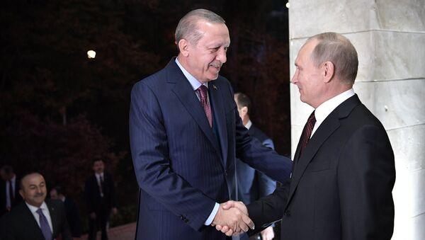 Recep Tayyip Erdogan et Vladimir Poutine à Sotchi - Sputnik France